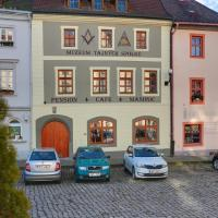 Pension Masonic House, hotel in Loket