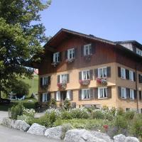 Ferienbauernhof Roth, hotel in Sulzberg