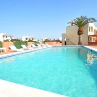 Sant Joan Apartaments - Adults Only, отель в городе Кала-эн-Бланес