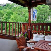 Семеен Хотел Вароша 2003, хотел в Ловеч