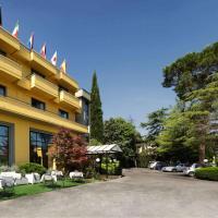 Hotel Cristallo, отель в Ассизи