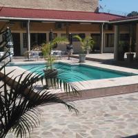 Palmeiras Guest House Matola, hotel in Matola