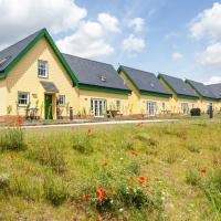 Watercress Lodges & Campsite, hotel in New Alresford