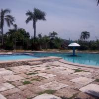 The Waterfront Beach Resort, hotel in Morong