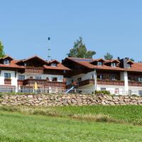 Wellness Ferienwohnungen Zellertalblick, hotel in Drachselsried