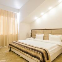 """Отель """"Гранд Байкал"""", hotel in Baykalsk"""