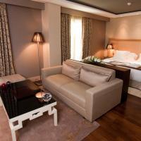 Nexus Valladolid Suites & Hotel, hotel in Valladolid