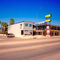 Whispering Palms Inn, hotel in Del Rio