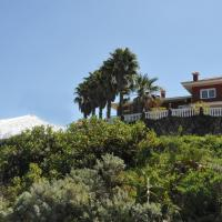 Paseo Mirabal