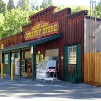 Yosemite Lakes River Yurt 26