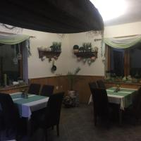 Apáli Restaurant & Pension
