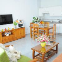 EmyCanarias Holiday Homes, hotel in Vecindario