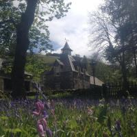 Hearthstanes Steading