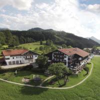Hotel Seiserhof & Seiseralm, hotel in Bernau am Chiemsee