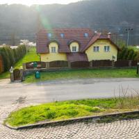Guest House Kaskáda, hotel in Vrané nad Vltavou