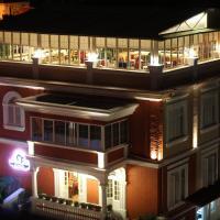 Hotel Boutique Restaurant Gloria, hotel en Tirana