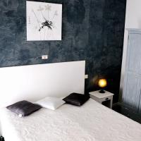 Logis Hotel du Midi, hotel in Salon-de-Provence