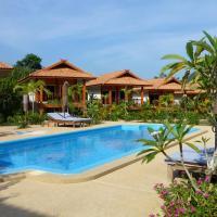 Khao Sok Jasmine Garden Resort - SHA Certified, hotel in Khao Sok National Park