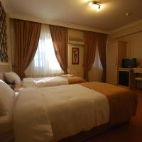 Mini Hotel, отель в Измире