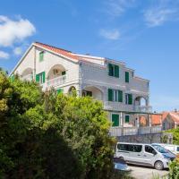 Apartments Chiara, отель в Корчуле