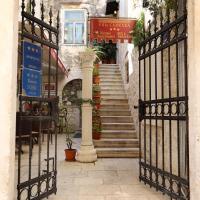 Villa Carrara, hotel in Trogir