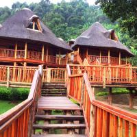 Trackers Safari Lodge, hotel in Buhoma