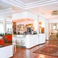 Hotel Vergilius, hotell i Riccione