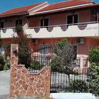 Kokkinos Apartments, Hotel in Arillas