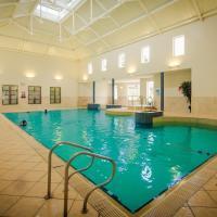Roganstown Hotel & Country Club, hotel in Swords