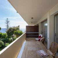 Cozy apartment in Saronida, отель в Лагонисси