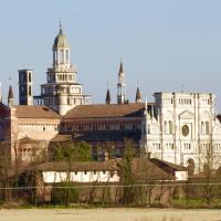 Hotel Monumento, hotel in Certosa di Pavia