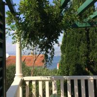 Apartment Tonkica, hotel in Splitska
