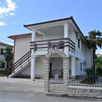 Apartmaji NIKA, hotel in Izola