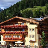 Hotel Garni San Nicolò, hotel in Pozza di Fassa