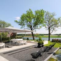 Het Raadhuys - design B&B, hotel in Kessel