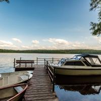 Gospodarstwo nad jeziorem – hotel w mieście Załom