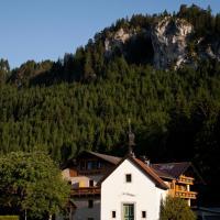 Der Tannenhof, Hotel in Reutte
