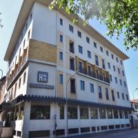 Hotel Excelsior Magenta, hotell i Magenta