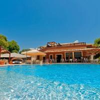 Riviera Perdika Hotel, hotel in Perdika