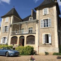 Le Château, hôtel à Champagny-sous-Uxelles