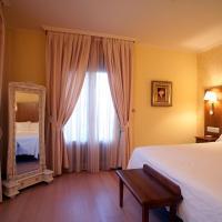 Hotel Villa de Larraga, hotell i Larraga