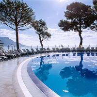 Hôtel Vacances Bleues Delcloy, hotel in Saint-Jean-Cap-Ferrat