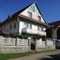Jucus Vendégház, hotel v destinaci Zebegény
