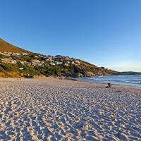 Hideaway Cape Town, hotel in Llandudno
