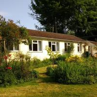 Robin Hill Cottage, hotel in Amesbury