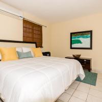 Sol del Atlantico Inn at 681 Ocean Drive, hotel in Arecibo