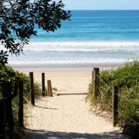 Surf Beach Motel Coffs, hotel in Coffs Harbour