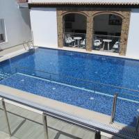 Apartamentos Trinidad, hotel in Alange