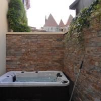 un gîte dans la cité, hotel in Carcassonne's Medieval City, Carcassonne