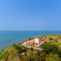 Fort Tiracol Heritage Hotel, hotel in Arambol